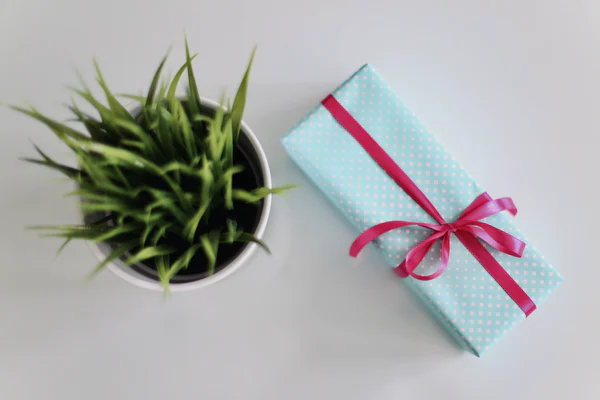 5 JOYOUS GIFTS FOR YOUR DAUGHTER