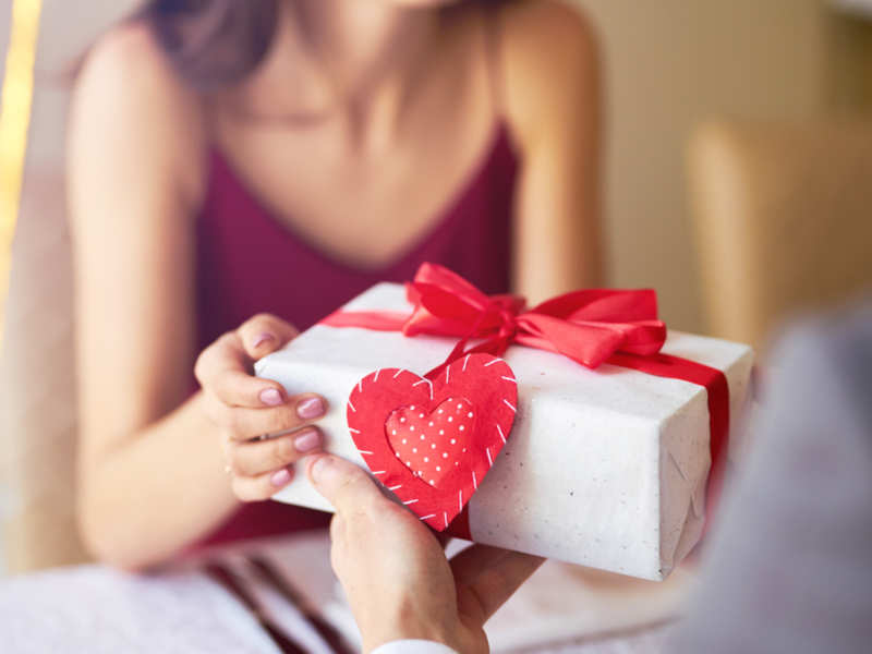 Surprise your Partners with Gifts to make Your Valentine's day Special